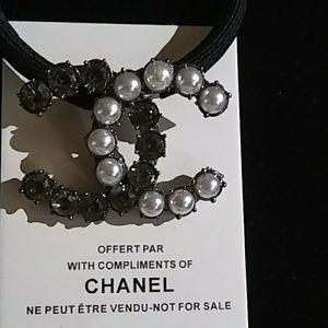 Accessories - Pearl & Smoky Crystal VIP Hair Clip